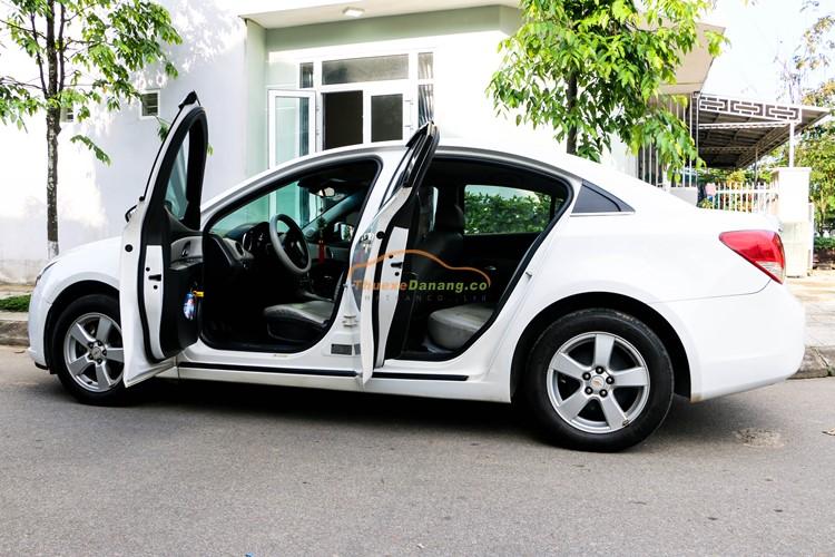 thuê xe ô tô 4 chỗ tại đà nẵng
