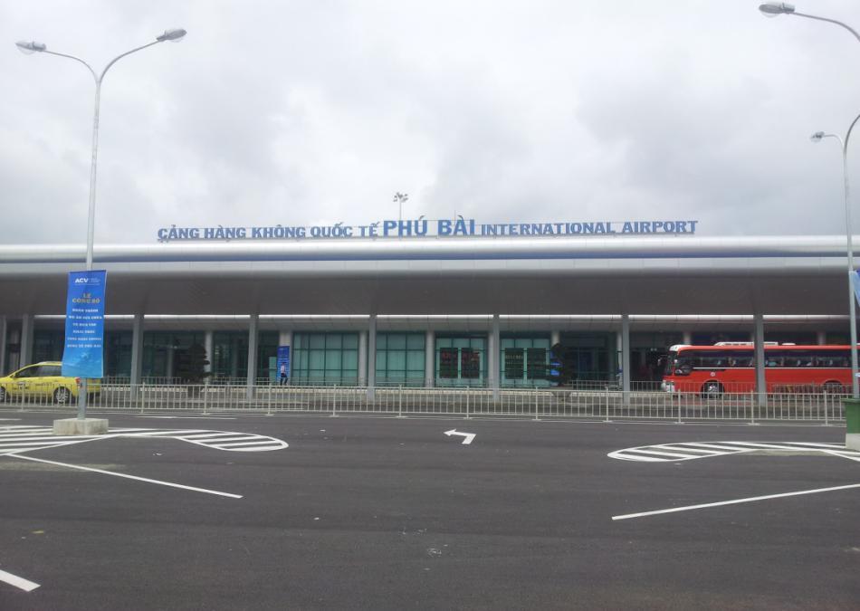 Thuê xe Đà Nẵng đi Sân bay Phú Bài