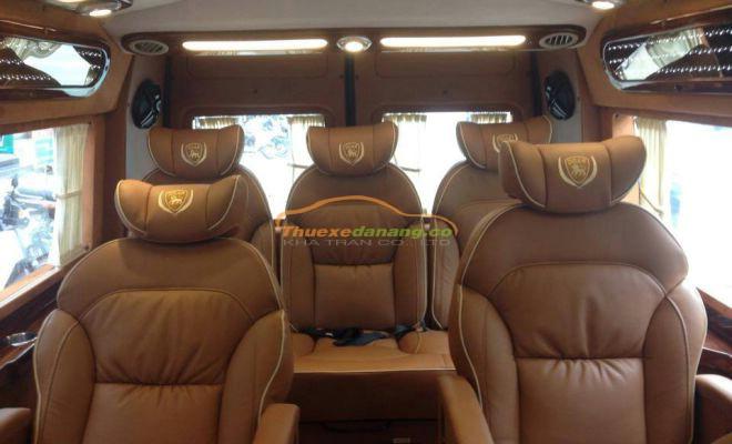 limousine 9 chỗ sân bay đà nẵng đi trung tâm đà nẵng