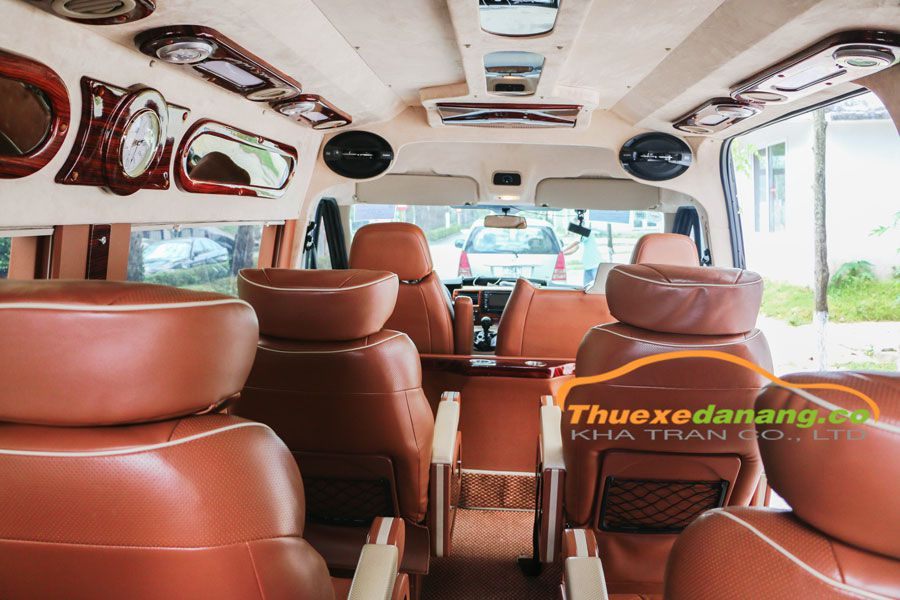 thuê xe limousine tại huế