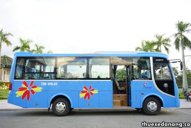 thuê xe đưa đón nhân viên tại đà nẵng Isuzu Samco