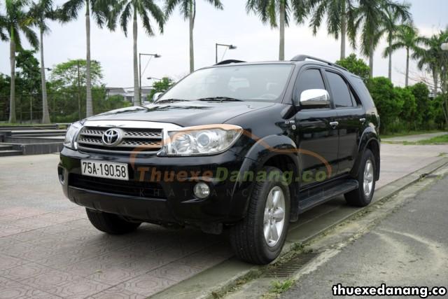 Thuê xe SUV 7 chỗ 2 cầu tại Đà Nẵng